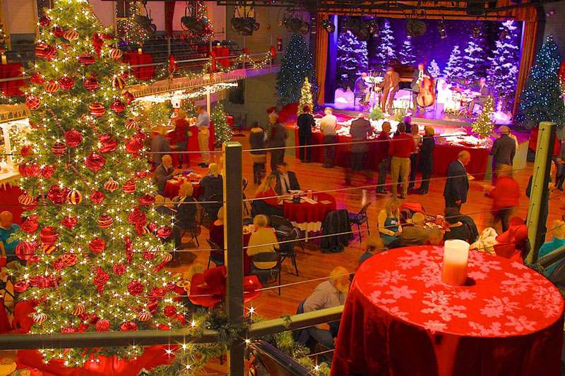 Community Holiday Potluck & Carol Sing @ The Opera House at Boothbay Harbor | Boothbay Harbor | Maine | United States